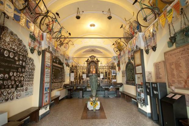 Madonna del Ghisallo, interno